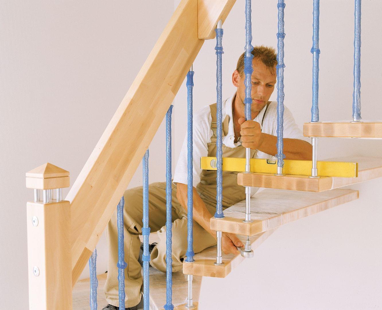 leiter auf treppe stellen perfect stellen sie sicher dass jedes stck der des systems zu. Black Bedroom Furniture Sets. Home Design Ideas