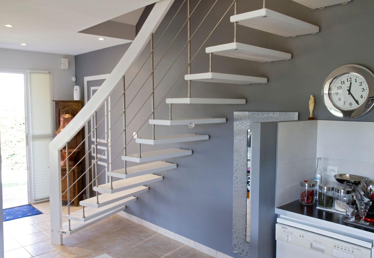 syst me de l 39 escalier suspendu invent par treppenmeister. Black Bedroom Furniture Sets. Home Design Ideas