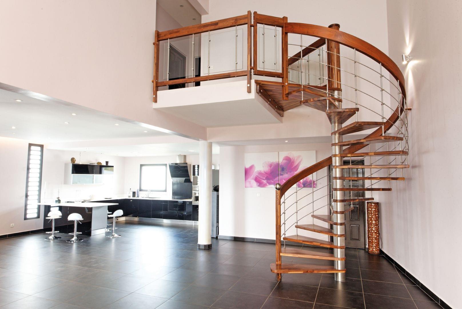 Escalier colimaçon, métal, acier ou bois massif | TREPPENMEISTER