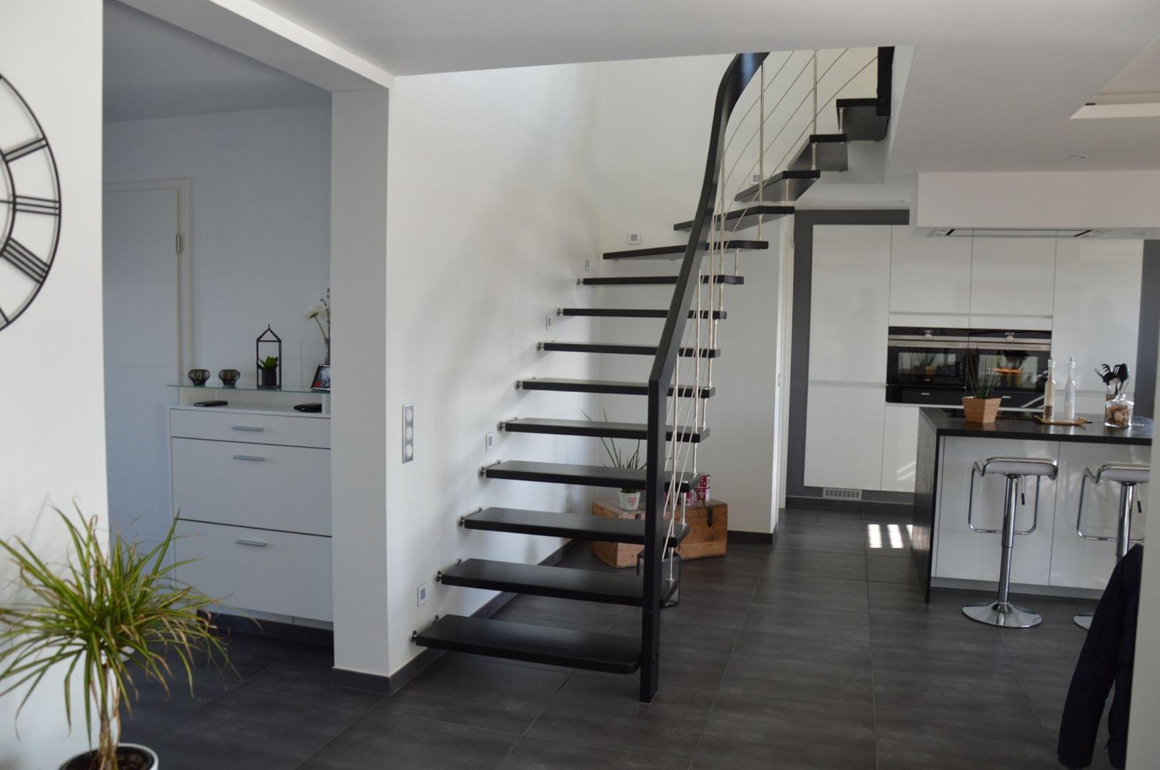 Escalier Contemporain En Bois Et Metal Treppenmeister